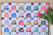 Miniature Quilt Patterns / From mini quilt patterns to tiny quilt blocks, this is the gathering place for all small quilt elements. Traditional miniature quilt patterns, modern mini quilts, and much more!