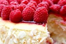 Yummy Stuff  / by Hayley Robinson