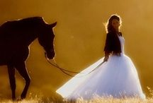 Cowgirl in me, Boots, Barns, Horses / Everything Western from boots to barns and horses of course.