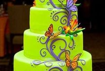 wedding cakes / by Laura