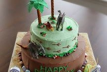 Dinosaur Party / Ideas for a dinosaur party, cake food and games