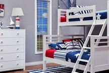 Nautical Red/Navy Themed Bedroom / http://www.epochbydesign.com/