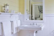 Bathroom - Upstairs Remodel Possibilities / by Kelly Lamb