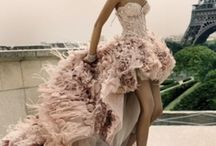 FASHION: Gowns & Formal Attire / by Leigh Sidell