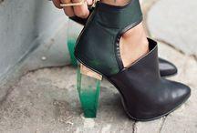 love shoes&bags / by Ceylan Erdogan
