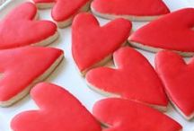 Valentines Day / Valentines ideas, crafts, cards, snacks, breakfasts and dinners, and Valentine's Day gifts