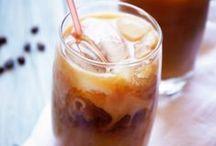 Bebidas con Café / Prepara las más aromáticas bebidas con café con estas prácticas y deliciosas recetas. http://www.kiwilimon.com/temporada/verano/bebidas/bebidas-con-cafe