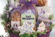 Luxury Christmas Gift Baskets For Dogs & People