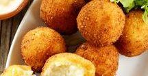 Súper Bowl / ¡Cocina las mejores recetas de botanas para botanear con tus amigos durante tu partido favorito del súper bowl! ¡Apoya a tu equipo favorito de futbol americano de la NFL con cualquiera de estas recetas de cocina!