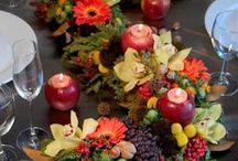 Flower Arranging Ideas & Resources / by Janette Allen