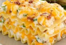 Delicious Casserole Recipes / Delicious, home-cooked, homemade casserole recipes, just like mom used to make! Perfect for family dinners around the table or to prepare when having guests over for a meal. Casserole Recipe Ideas | Healthy Casserole Ideas | Southern Recipe Ideas | Southern Food | Casseroles | Delicious Leftovers | Healthy Casseroles | Southern Casseroles | Main Dish Casseroles | Hearty Casseroles | Easy Family Dinner Recipes |