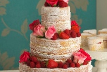 Naked Cakes / Inspiration board for cakes with little to no decoration.