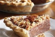 Picture-Perfect Pies / We think these pies are picture perfect! Wouldn't you agree? / by Pillsbury Baking