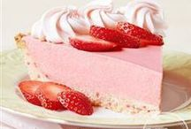 Sweet Springtime Treats / Take a look at these springtime desserts! / by Pillsbury Baking