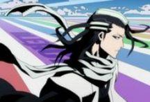 """Bleach anime / Ichigo Kurosaki possède un don particulier : celui de voir les esprits. Un jour, il croise la route d'une belle Shinigami pourchassant une """"âme perdue"""". Mise en difficulté par son ennemi, la jeune fille décide alors de prêter une partie de ses pouvoirs à Ichigo, mais ce dernier hérite finalement de toute sa puissance. Contraint d'assumer son nouveau statut, Ichigo va devoir gérer ses deux vies : celle de lycéen ordinaire, et celle de chasseur de démons..."""
