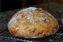 Food - Bread / by Kelly Rivere