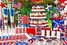July Wedding / July wedding inspiration to wow your guests.  If you are planning an Independence Day wedding celebration, it wouldn't hurt to tie in a bit of the holiday with your wedding decor or favors!  Have fun with your wedding and try tying in some Red and Blue as accents.