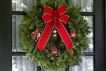 Christmas Wreaths / by Sara Hayden