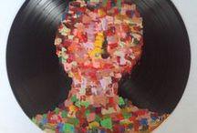 """Yo / Quand la musique devient peinture...   Venez soutenir mon projet d'exposition : YO à l'ARToulous'Expo 20105 sur KissKissBankBank http://www.kisskissbankbank.com/fr/projects/yo-... … via @Kissbankers   L'occasion pour vous """"mécènes"""" de devenir propriétaire d'une de mes peintures pour pas cher...  D'avance merci  YO"""