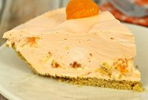 Desserts - Pies & Tarts / by Rebel Foster