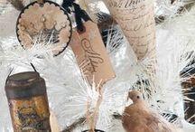 paper ornaments / by Carmen Daumer