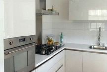 Gerealiseerd project Zoetermeer met een  Comprex keuken, ook in kleinere ruimtes creëren wij een mooie keuken   Comprex Nebia hoogglans   Art Design Keukens   Rotterdam