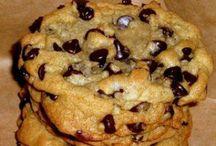 Dessert - Cookies / by Rebel Foster