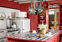Red Kitchens / Red is a lively, energetic hue that brings a warm pop of color to everybody's favorite room in the house- the kitchen!  Find that perfect red for your kitchen with Colorhouse hues PETAL .06, CLAY .05, CREATE .04 and CREATE .05.