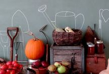 Chalkboard Paint / Colorhouse low odor, low VOC Chalkboard paint turns any interior surface into a chalkboard! We encourage you to write on your walls with our durable chalkboard finish. Available in 10 striking Colorhouse hues.
