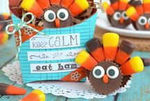 CELEBRATE: Thanksgiving / Crafts, printables, recipes, and party ideas to make your Thanksgiving EXTRAORDINARY! / by Giggles Galore