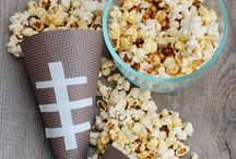 CELEBRATE: Football Season / Crafts, printables, recipes, and party ideas to make your football tailgating & Super Bowl parties EXTRAORDINARY!