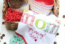 CELEBRATE: Mother's Day / Crafts, printables, recipes, and party ideas to make your Mother's Day EXTRAORDINARY!