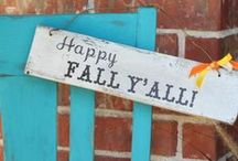 CELEBRATE: Fall / EXTRAORDINARY Crafts, printables, recipes, and party decor to help you celebrate fall!