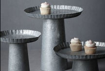 Party tables: cake stands