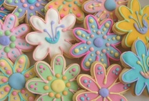 Baking: Biscuits - Flowers / For the times when you don't want a flower to wilt & die (just get eaten instead ;D !)