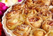 Apple Cakes (tartas de manzana) / by Beatriz Membrive