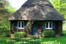 Cabins & Cottages / by Helen Correll