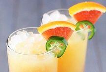 drinks / by Maritza Zuniga