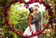 "Forhekset skog / Ønsker du inspirasjon til temabryllup? Hva synes du om temaet ""forhekset skog""? Vi har arrangert denne type bryllup, og kan hjelpe dere.   Find inspiration to enchanted forest wedding. Let us arrange this for you in Norway. Post@brudepikene.no"