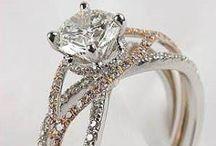 Jewelry loves!!