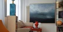 Every Home needs Paintings / A selection of interiors that have paintings at their core