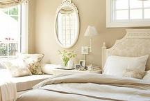 Bedrooms & Linens / by Marjorie Pepmeier