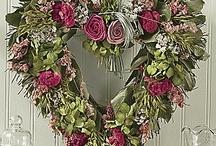 Wreaths / by Marjorie Pepmeier