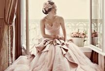 Wedding Bridal Gowns & Dresses