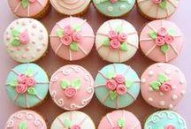 d e s s e r t / Satisfy my sweet tooth, baby! / by Hadeel Omer