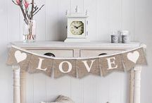 Valentines Day Decor / Valentines day decor and crafts that will inspire you while decorating your home.