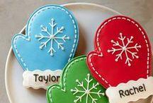 Christmas Sugar Cookies / Beautifully decorated sugar cookies for Christmas