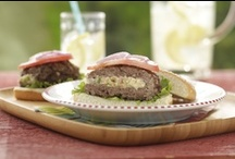Summer Entertaining / Summer is all about being outside, and this recipe collection keeps things easy, delicious and outdoor friendly. So invite those friends over, heat up the grill and get the party started!