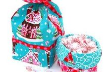 Holiday Celebration Bags / A little collection of bag tutorials and patterns for holidays such as Valentine's Day, Christmas, Easter, etc.