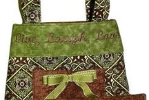 Lucky Green Bags to Sew / A nod to St. Patrick's Day featuring all types of bags sewn in green!  Free and designer patterns and sewing tutorials.